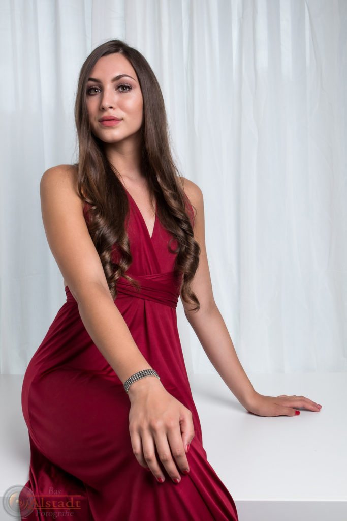 Model: Mayte